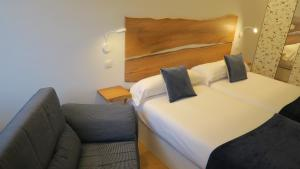 Cama o camas de una habitación en Palacio Azcárate Hotel