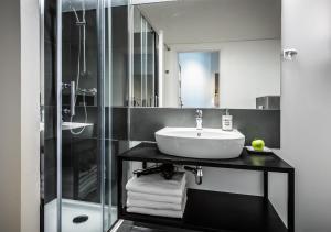 Kúpeľňa v ubytovaní Flamingo Premium Hostel