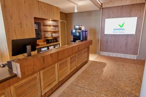 De lobby of receptie bij Beachhotel Zandvoort by Center Parcs