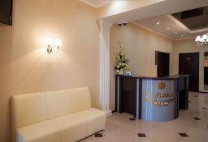 Лобби или стойка регистрации в Отель Кувака