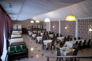 Ресторан / где поесть в Отель Кувака
