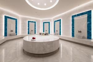 حمام في Rixos Premium Dubai JBR