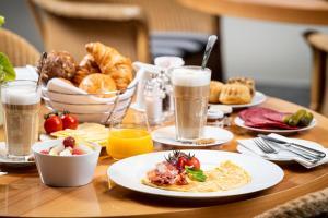 Frühstücksoptionen für Gäste der Unterkunft THE MADISON Hotel Hamburg