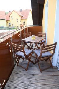 Ein Balkon oder eine Terrasse in der Unterkunft Ferienwohnung Memmel