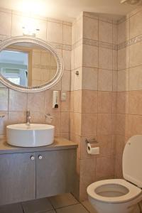 A bathroom at Hotel Christina
