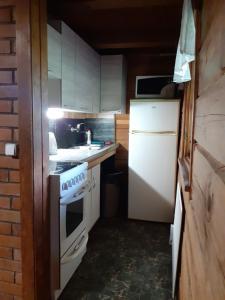 Köök või kööginurk majutusasutuses Pärnamäe Holiday House