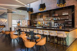 The lounge or bar area at Bilderberg Parkhotel Rotterdam