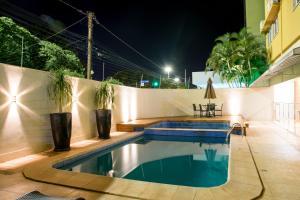 A piscina localizada em Hotel Vale Verde ou nos arredores