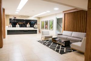O saguão ou recepção de Hotel Vale Verde