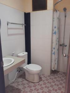 A bathroom at Sari Agung Kuta