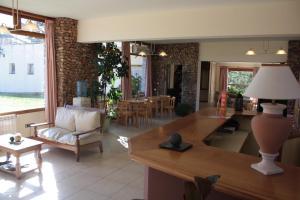 The lobby or reception area at El Mirador Complejo Turístico