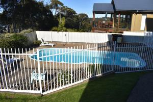 The swimming pool at or near Unit 2, Ballingalla Apartments