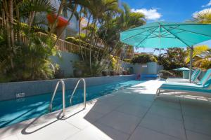 The swimming pool at or close to Lennox Beach Resort