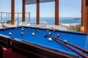 A pool table at Hotel Miramar Sul