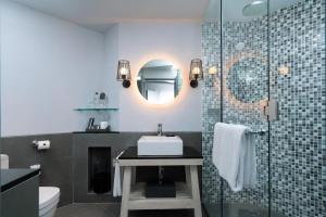 A bathroom at Hard Rock Hotel Bali