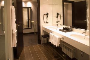 Un baño de Hotel Boutique Gareus