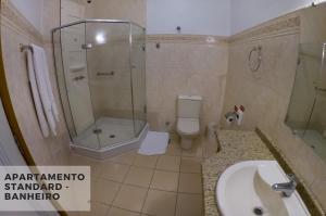A bathroom at Hotel Villa Michelon