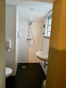 Een badkamer bij Hotel Oostereiland