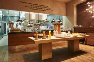 A restaurant or other place to eat at Prestige Hotel Budapest