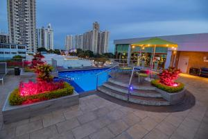 The swimming pool at or near Ramada Plaza by Wyndham Panama Punta Pacifica