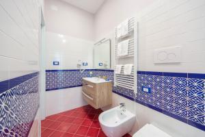 A bathroom at La Casa del Poeta - Appartamento Ravello