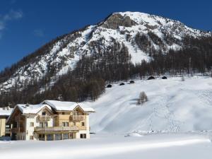 B&B Ecohotel Chalet des Alpes v zimě