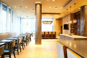 A restaurant or other place to eat at Hampton Inn Brooklyn Downtown