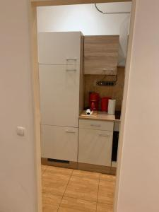A bathroom at Aachen EG, Apartment - Wohnung, 2 Zimmer