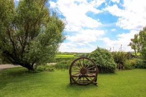 A garden outside Mucklow at Quinceborough Farm