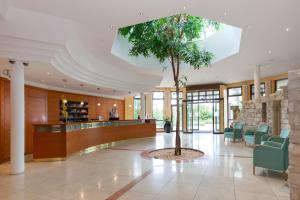 The lobby or reception area at Parkhotel Prinz Carl