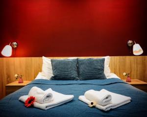 Кровать или кровати в номере Ретро-отель на Казанском вокзале