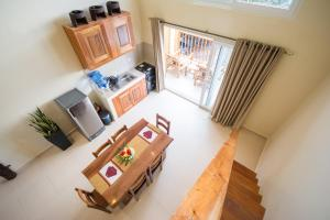 A seating area at Boracay Amor Apartment