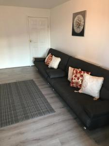 A seating area at Riverside Basildon Lodge