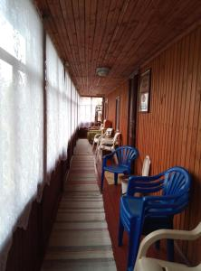 A restaurant or other place to eat at База отдыха Рысь
