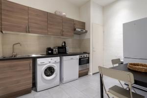 A kitchen or kitchenette at NOCNOC- L'Escale