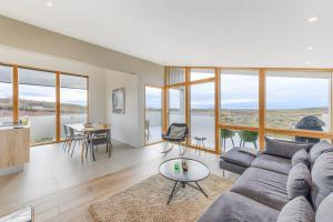 A seating area at Kerbyggd: Luxury house and cottage in golden circle