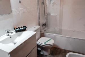 A bathroom at Nest Style Granada