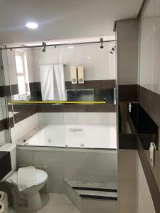 A bathroom at Summit Hotel Monaco