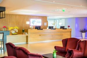 Hall o reception di Holiday Inn Express Amsterdam - Sloterdijk Station, an IHG Hotel