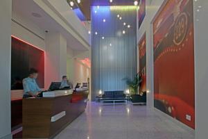 The lobby or reception area at Hotel Indigo Brooklyn, an IHG hotel