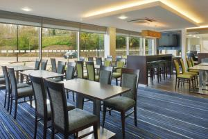 A restaurant or other place to eat at Holiday Inn Express Cambridge Duxford M11 Jct 10, an IHG Hotel