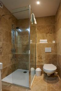 A bathroom at Hotel & Appartements Acqua Dolce