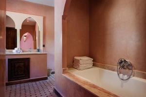 Ein Badezimmer in der Unterkunft Le Village du Toubkal