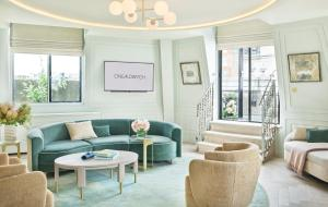 A seating area at One Aldwych