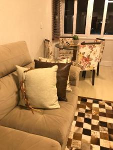 A seating area at Apartamento Baviera