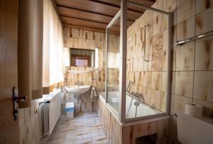 A bathroom at Haus Gamberg
