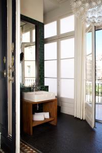 Un baño de Praktik Rambla