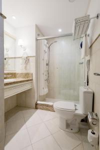 A bathroom at IL Campanário Villaggio Resort Suites - Jurerê Internacional