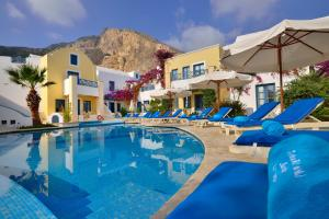 The swimming pool at or near Tamarix Del Mar Suites