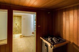 Ein Badezimmer in der Unterkunft SeeHotel Großräschen